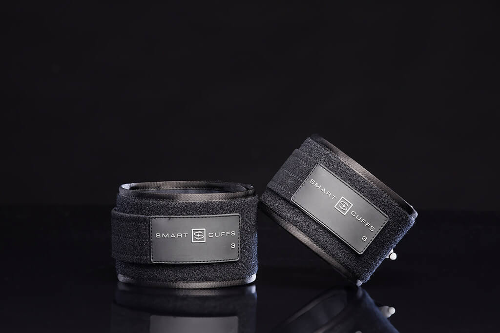 Smart Cuffs for home fitness