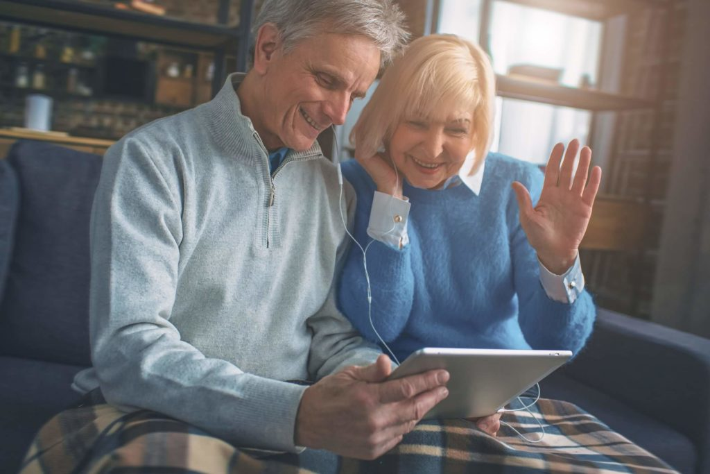 Older adults using video conferencing tools